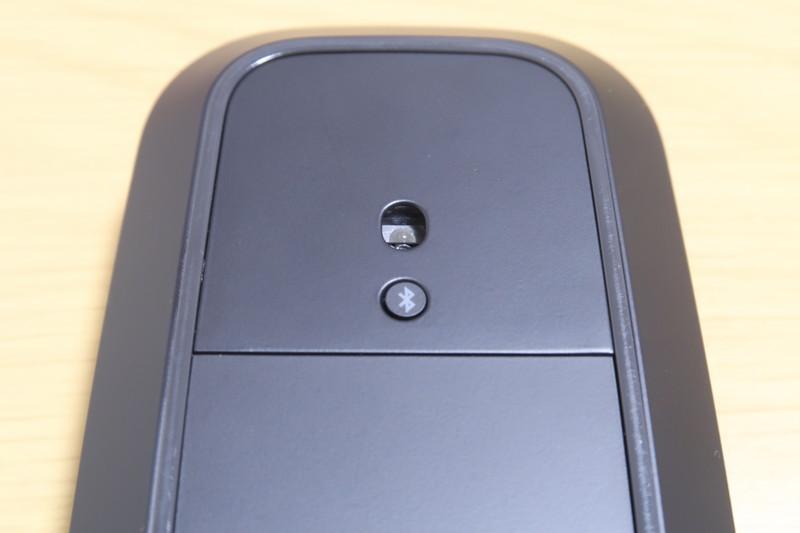 Microsoftモダンモバイルマウスの電源ボタン兼Bluetooth認証ボタン